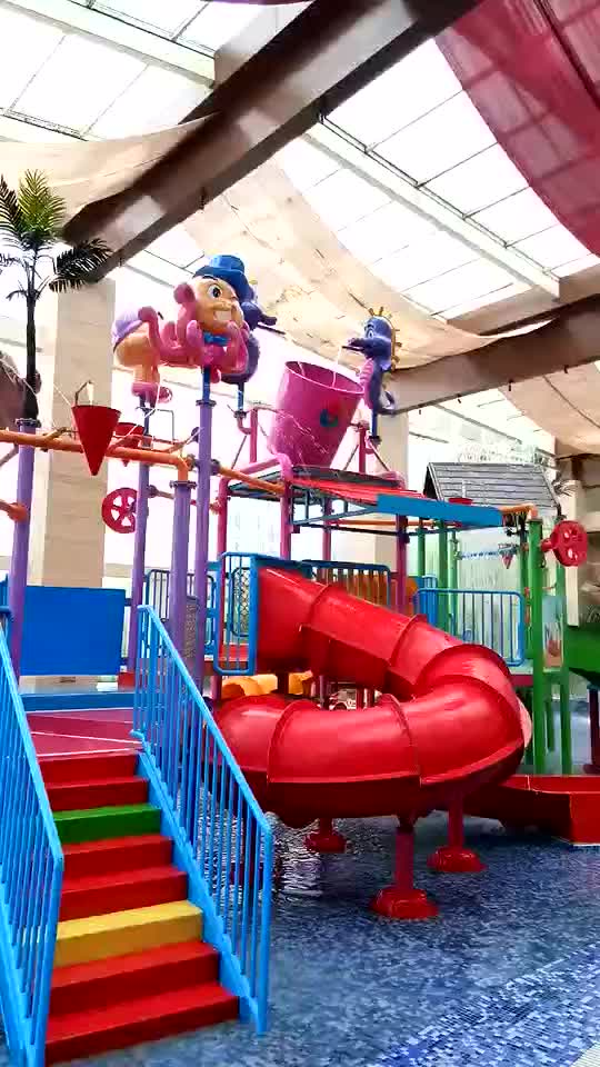 Factory Supply Used Fiberglass Water Park Playground