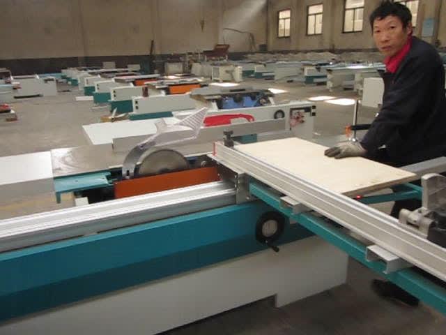 Vertical precision auto wood cutting panel saw machine cnc sliding table saw machine