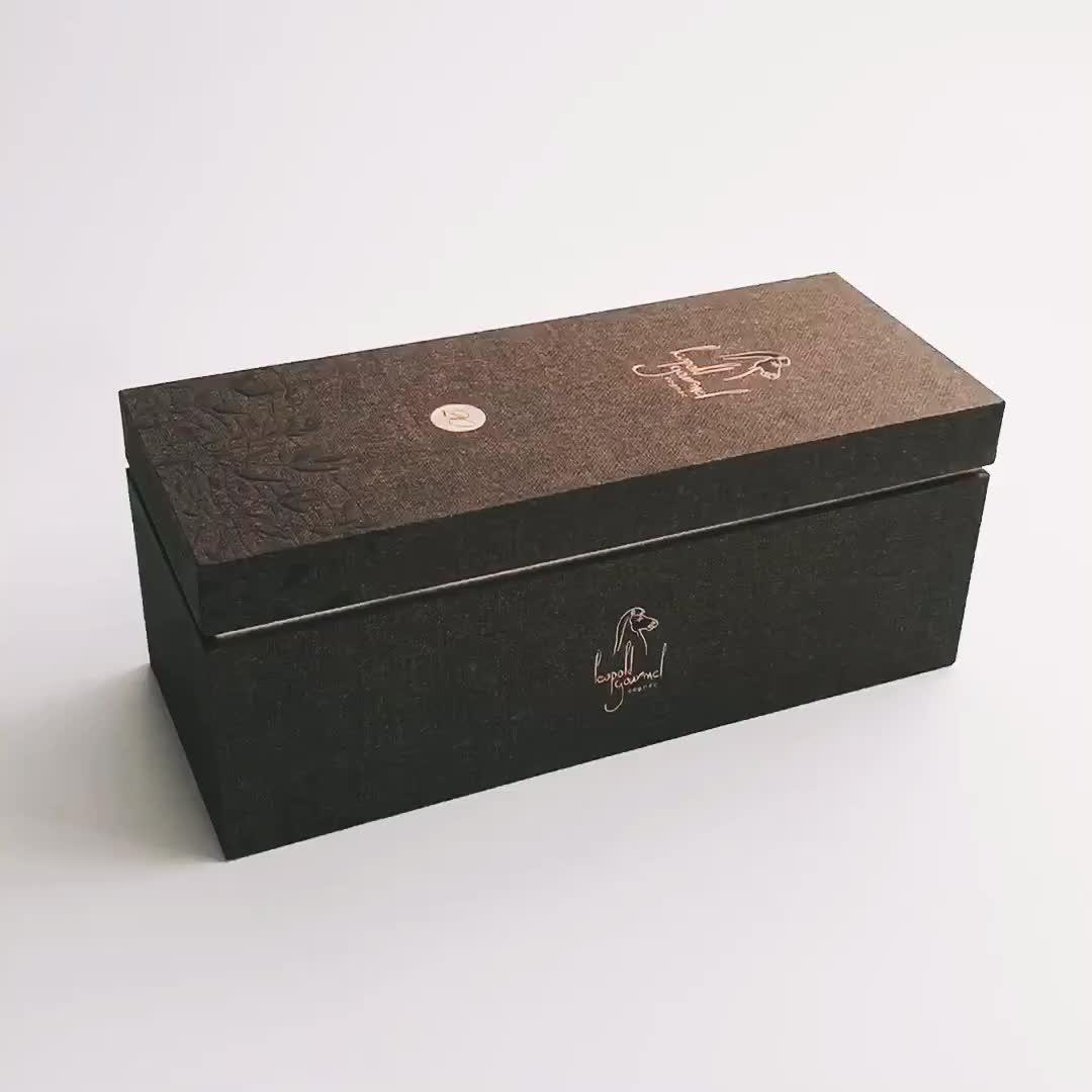 Personnalisé excellente boisson ensemble clair fenêtre boîte d'affichage en carton avec insert en satin pour carafe à décanter et lunettes