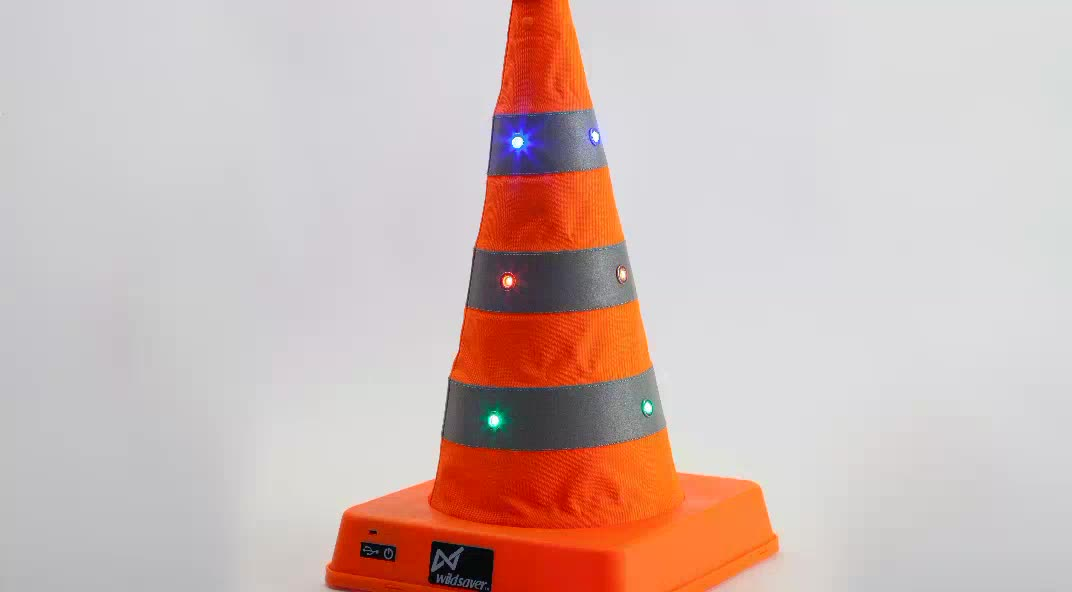 dongguan made double safety warnings road cone led light pvc traffic cone