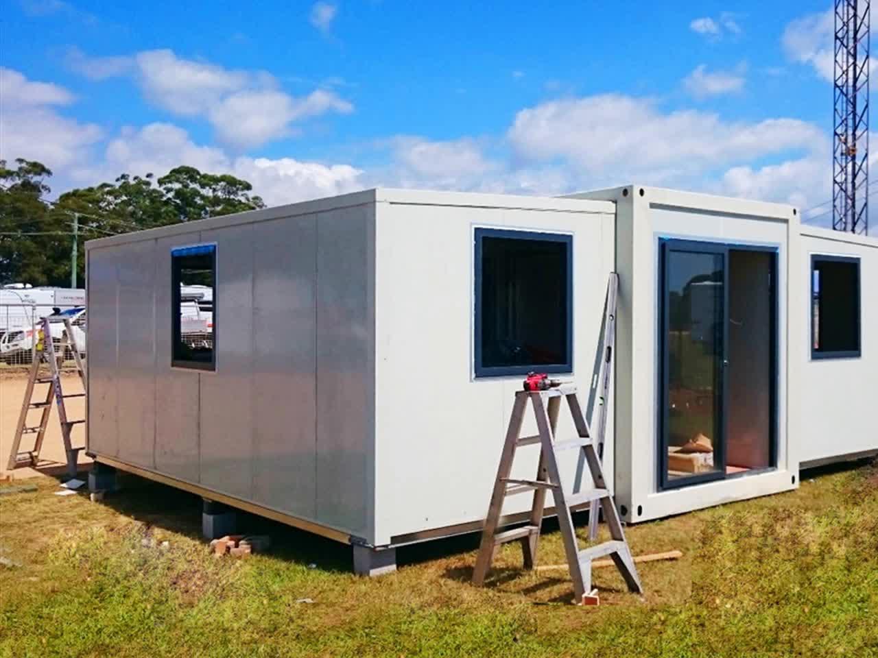 container haus preis bild so schn kann wohnen im container sein ecolife six oaks residence. Black Bedroom Furniture Sets. Home Design Ideas