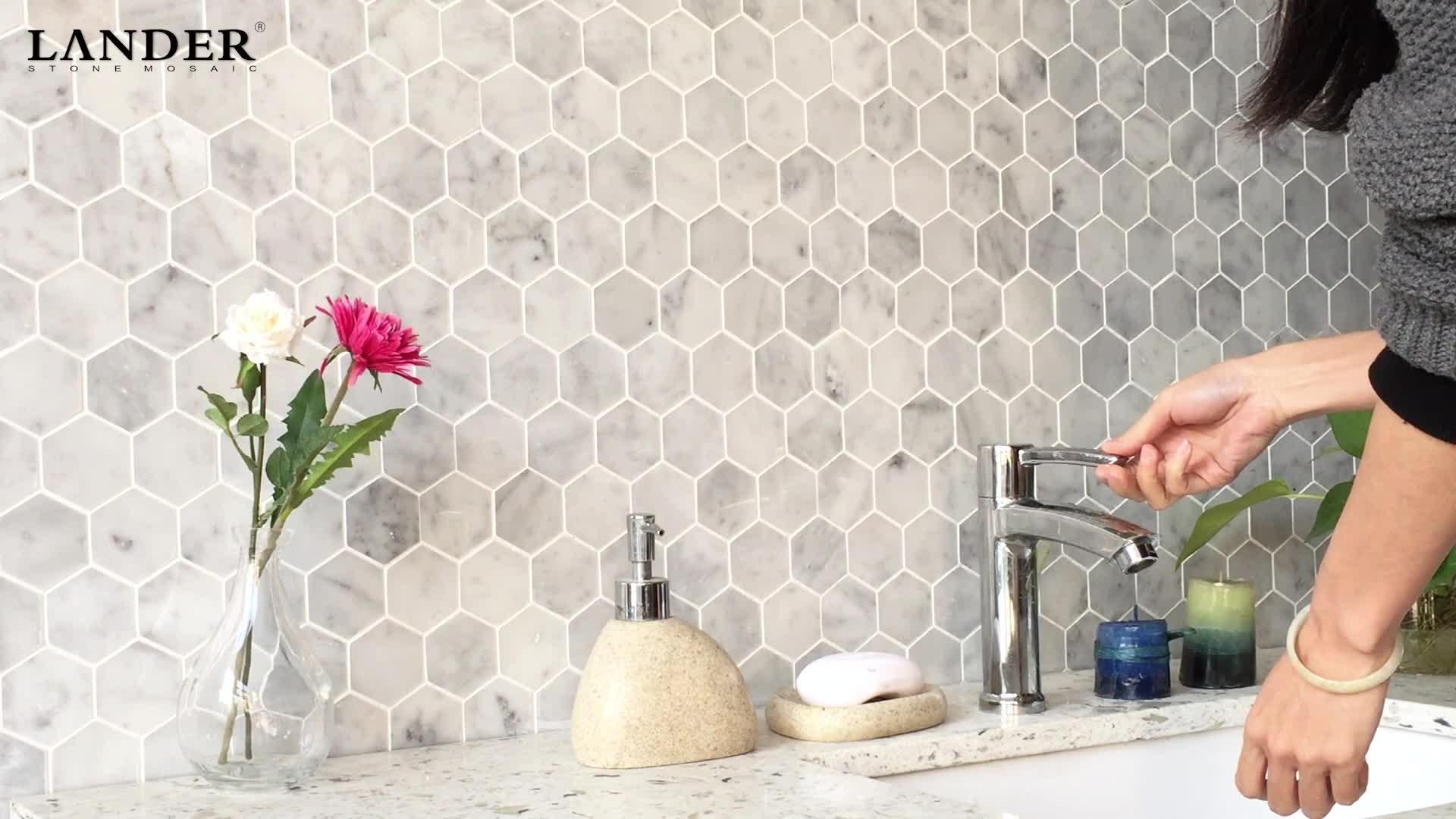 Precio de fábrica irregular Italia bianco carrara blanco mármol natural piedra hexagonal mosaico de azulejos protector de cocina azulejo