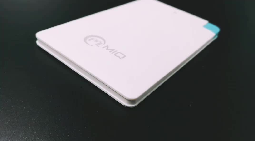 2019 Super Ultra-thin polymer 2500mah credit card size power bank