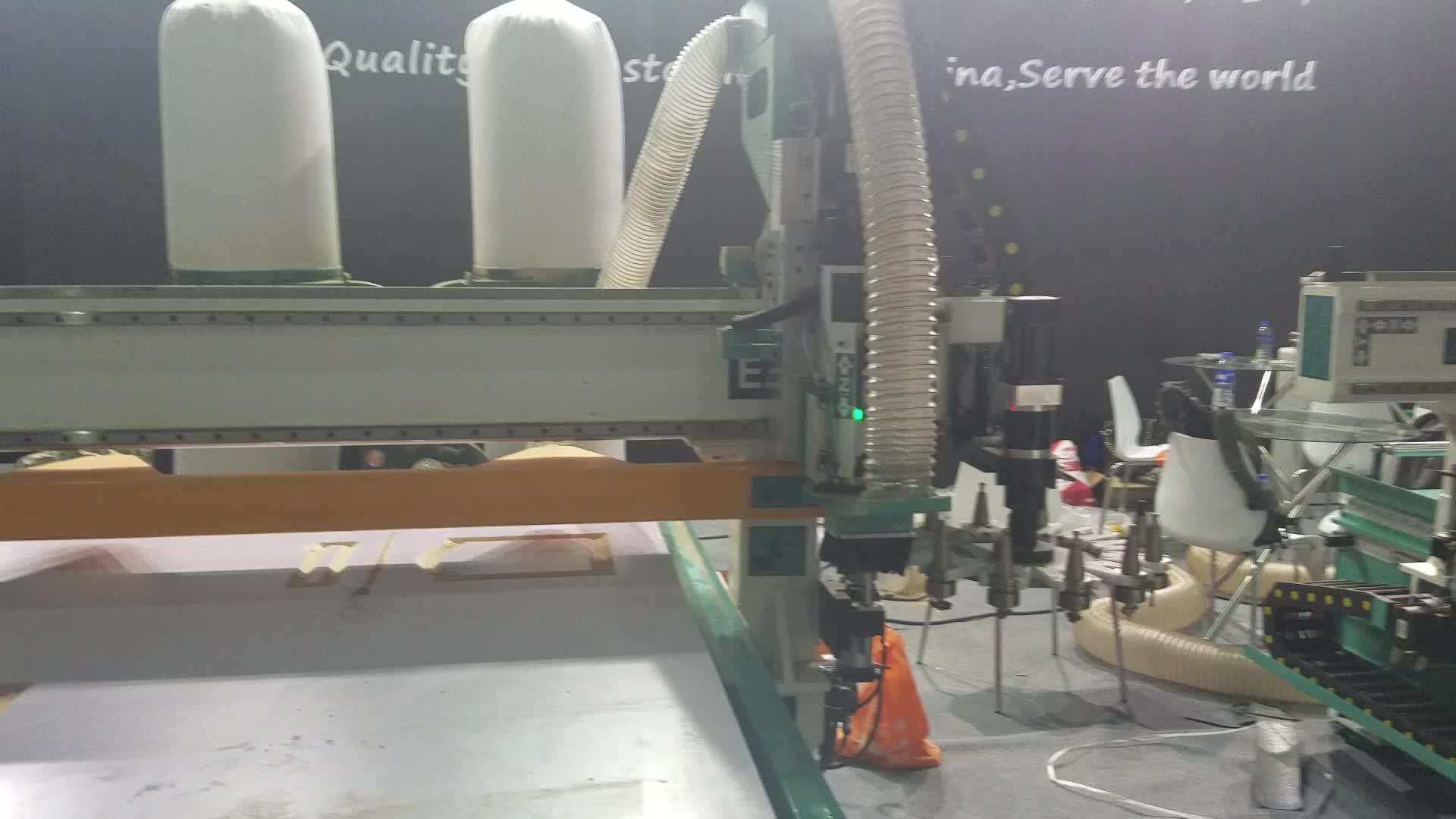 China 1325 Wood Sign Making Cnc Router Machine Price In ...