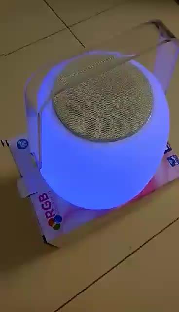 Luz plástica do diodo emissor de luz do PE com orador de Bluetooth 2 em 1 uso interno exterior impermeável do wirless