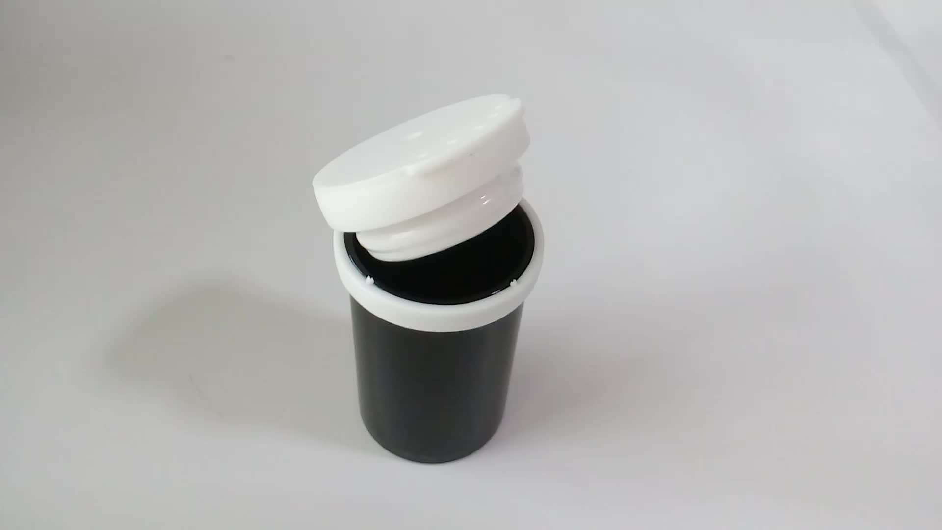 Effervescent tablet plastic containers with sealing caps