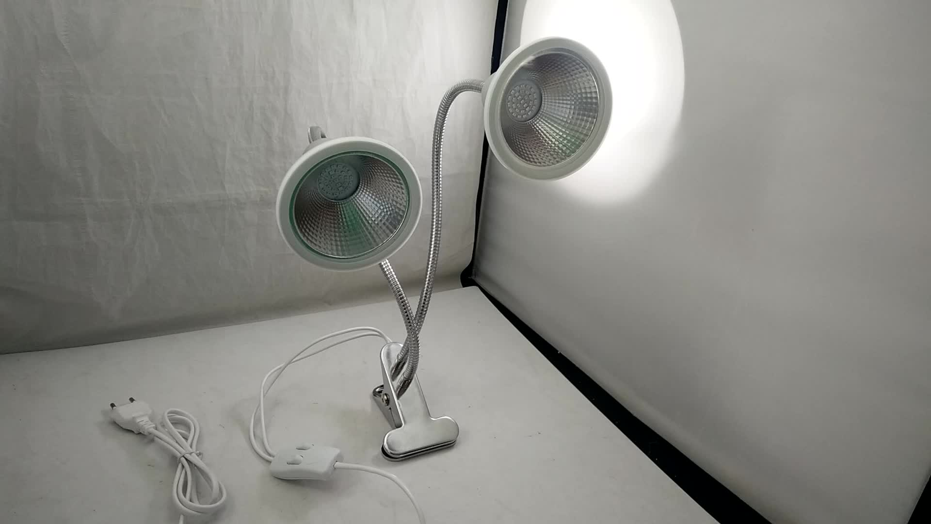 Dimmable Clip 24W AC100-277V led Table Grow Light With Dual Head
