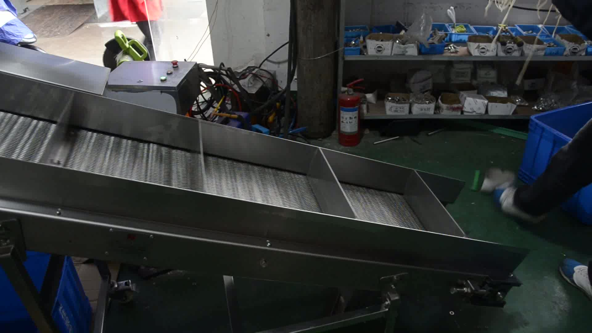 Motorized flexible expandable roller for conveyor buy Motorized conveyor belt