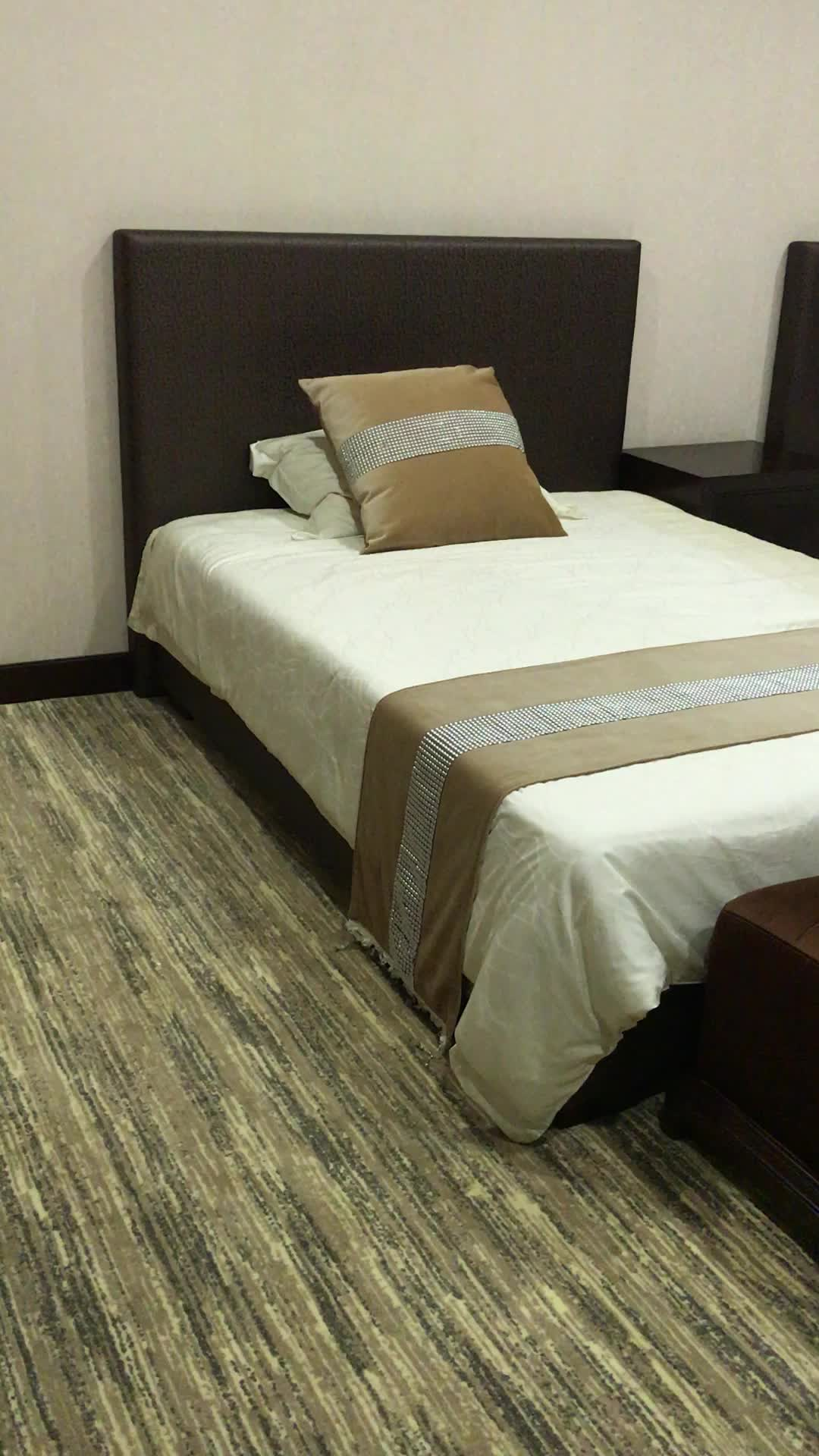 simple design ornate solid ash wood bedroom furniture for the hotel bedroom buy furniture for. Black Bedroom Furniture Sets. Home Design Ideas
