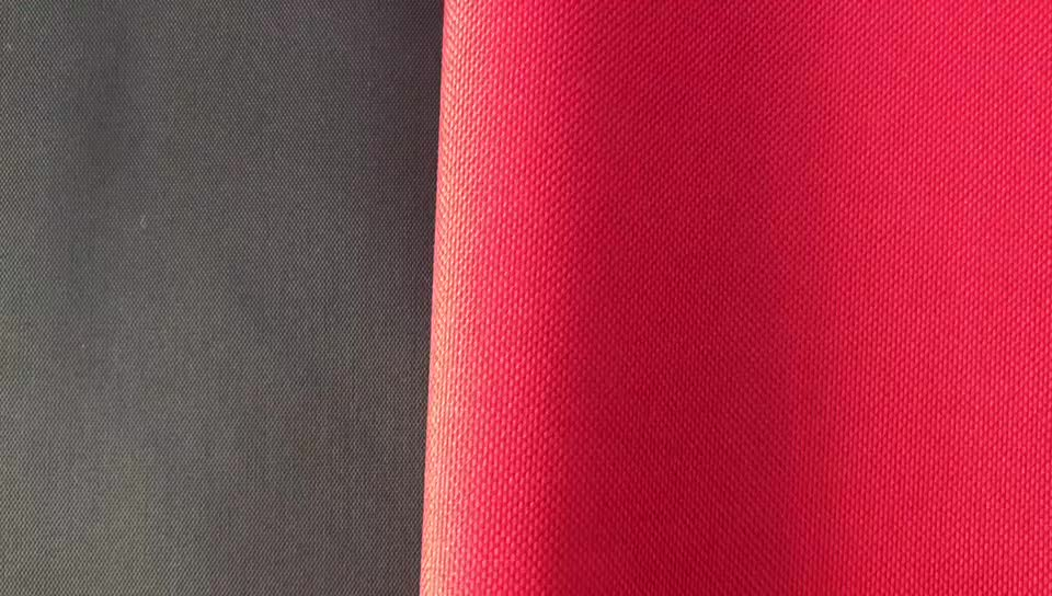 Factory Wholesale 100% Polyester Material Waterproof Oxford Fabric PVC 600d x 600d