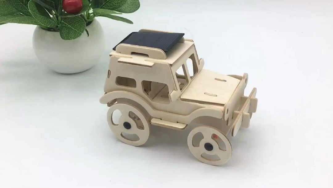 Solar Powered Moving Car Puzzle Wooden Self Assemble Toy