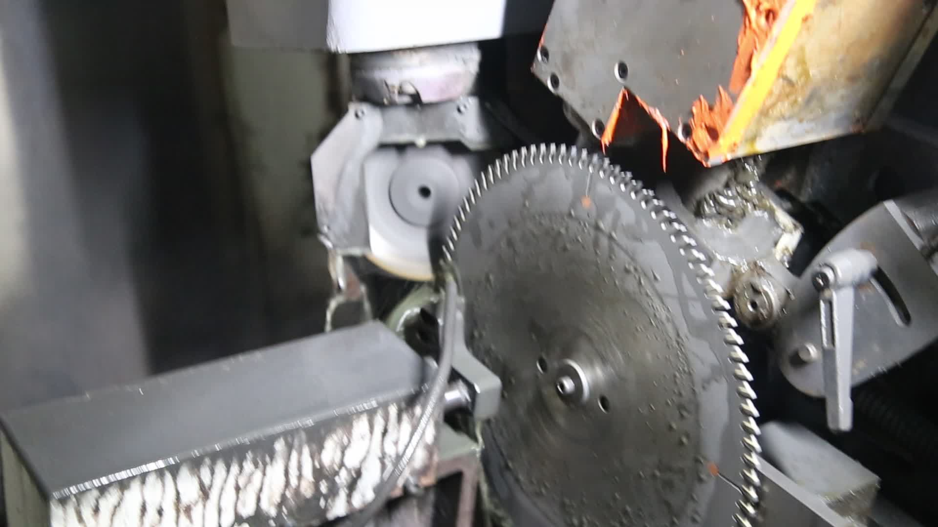 Multi-blade Saw With Rakers 4 / 6