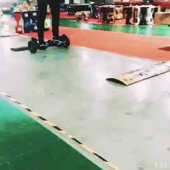 Factory Hoverboard have USA warehouse stocks /Smart electric Scooter with top lights
