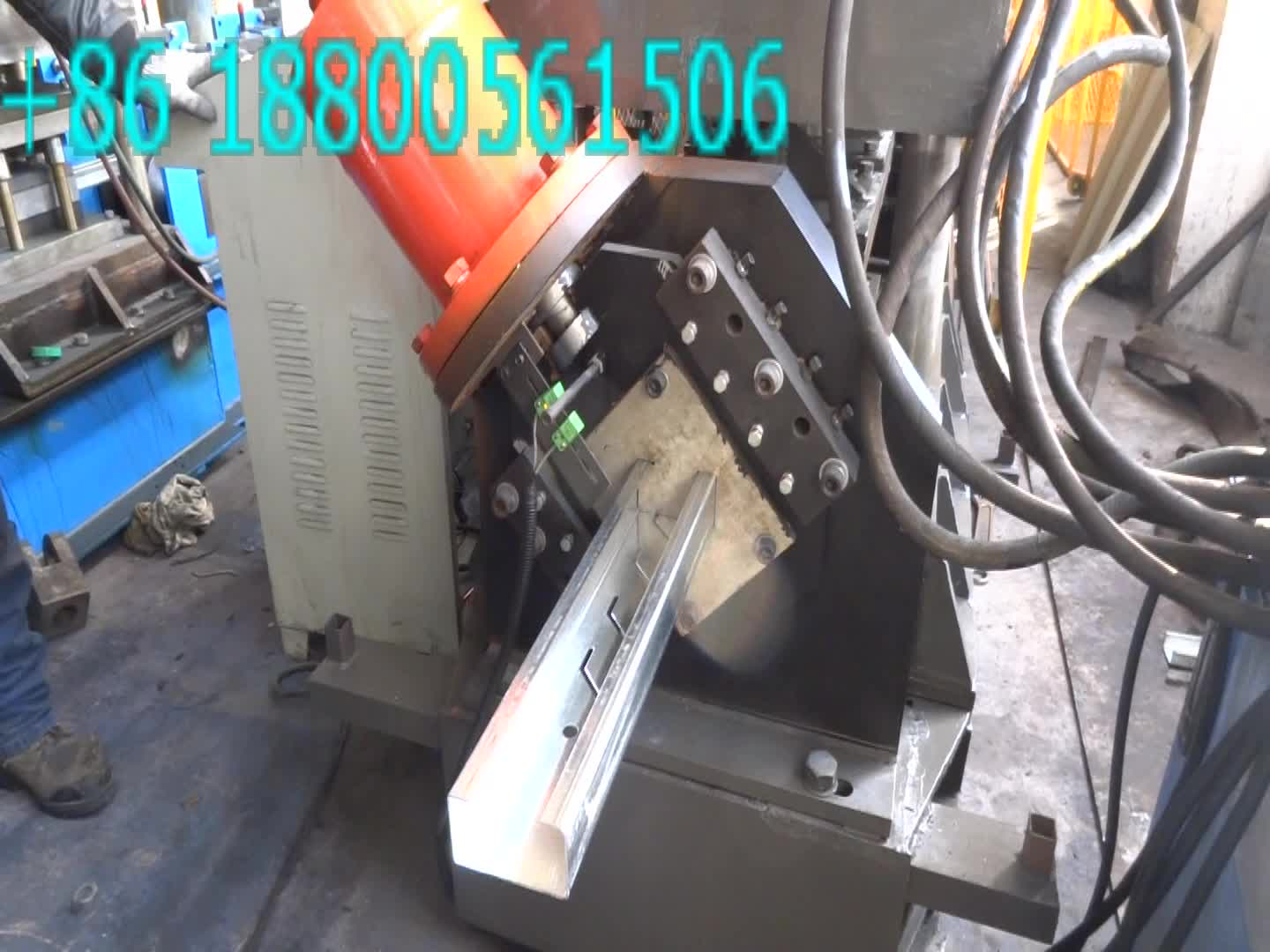 Wuxi High Quality C80-300 C Purlin U Channel Roll Forming Machine for Sale