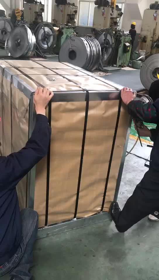 Laminato a caldo e basso tenore di carbonio nero cinturino in acciaio e striscia per il confezionamento