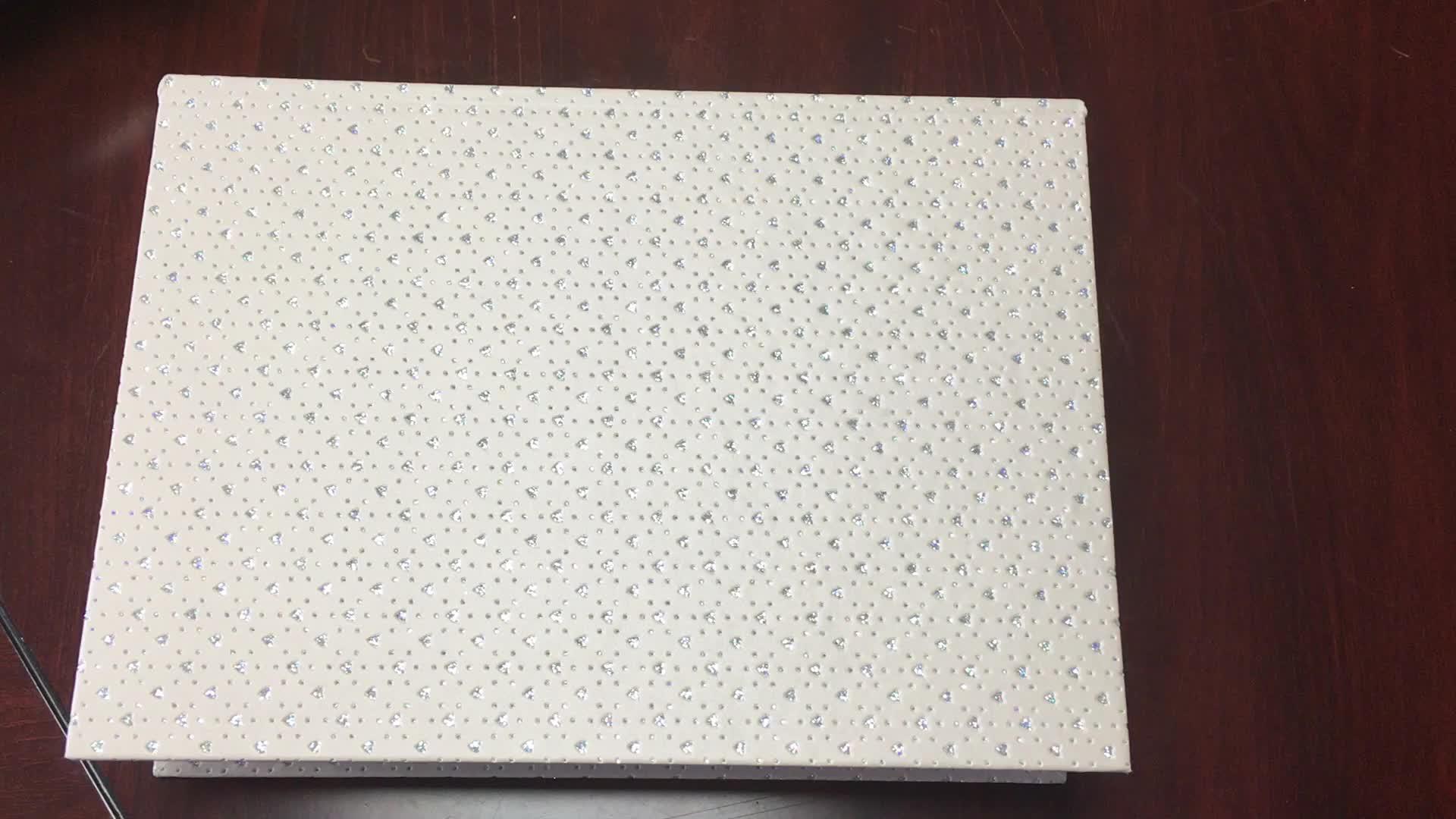 Design personalizado OEM fecho magnético livro de madeira em forma de caixa de presente