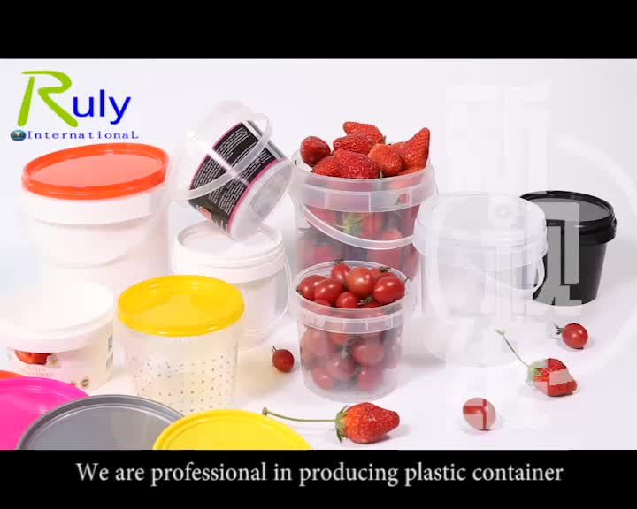 2 liter small plastic bucket with lid candy bucket for food packaging