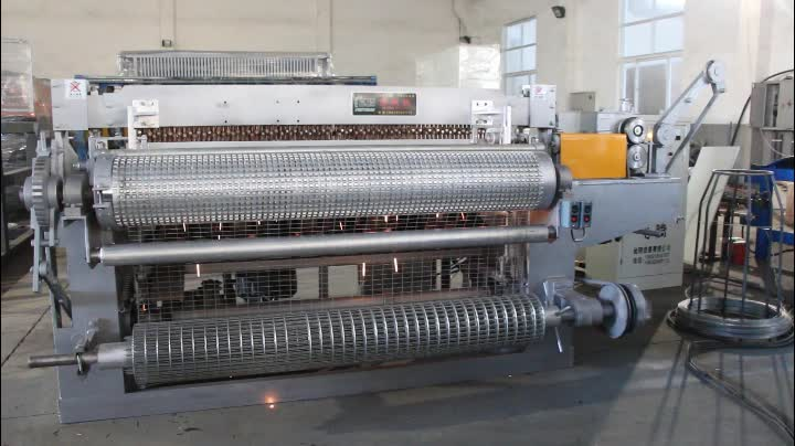 Full Automatic Stainless Steel Welded Wire Mesh Machine In Roll