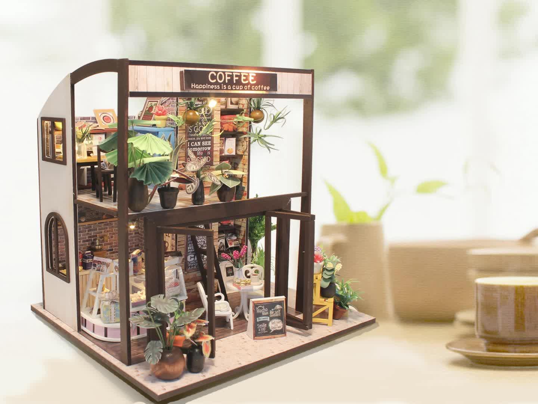 New design handcraft dollhouse kits for sale,mini house models