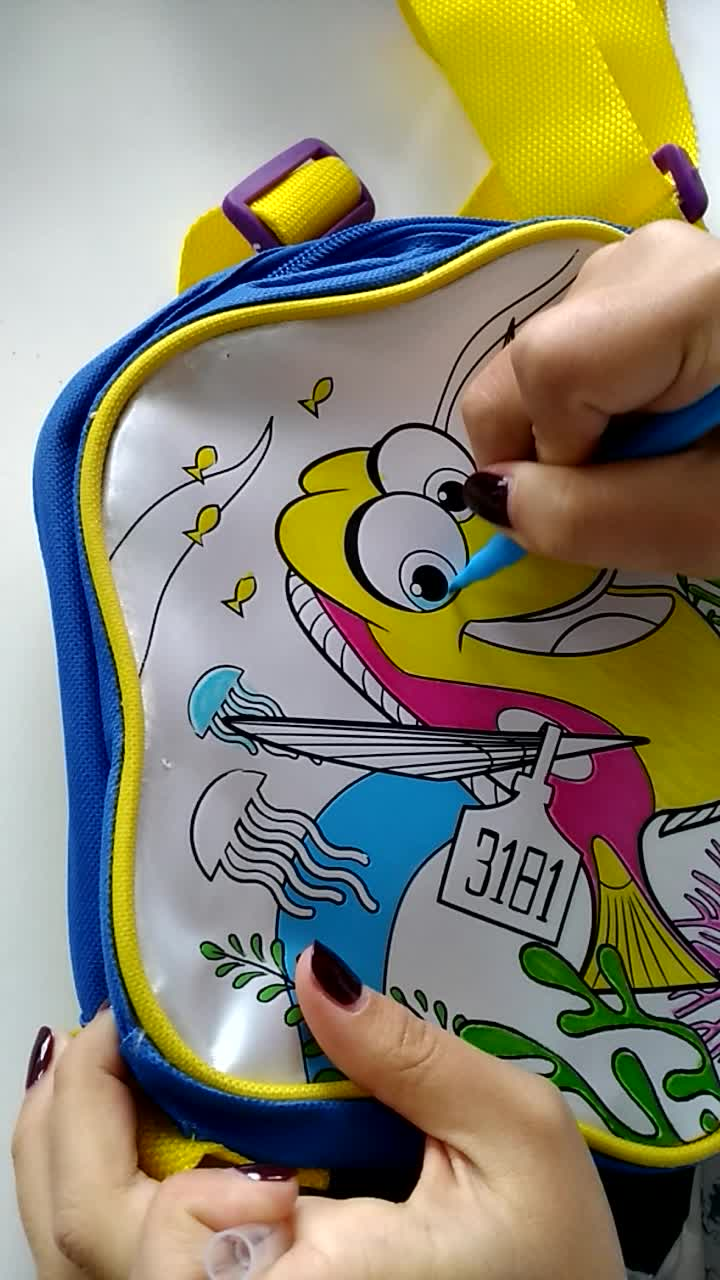 Newest Color your own Drawing Bag For Kids