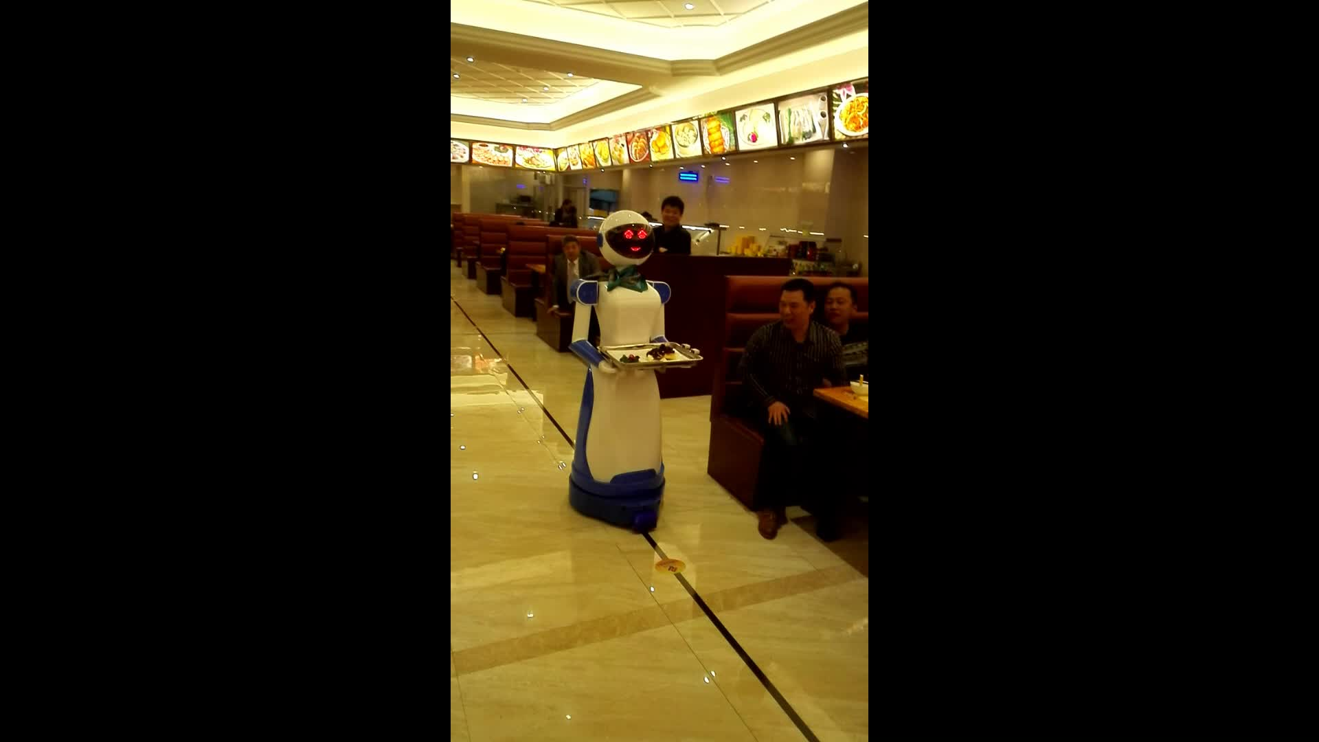JHR 1rd Generation service robot waiter by megnatic trip to delievery food for restaurant