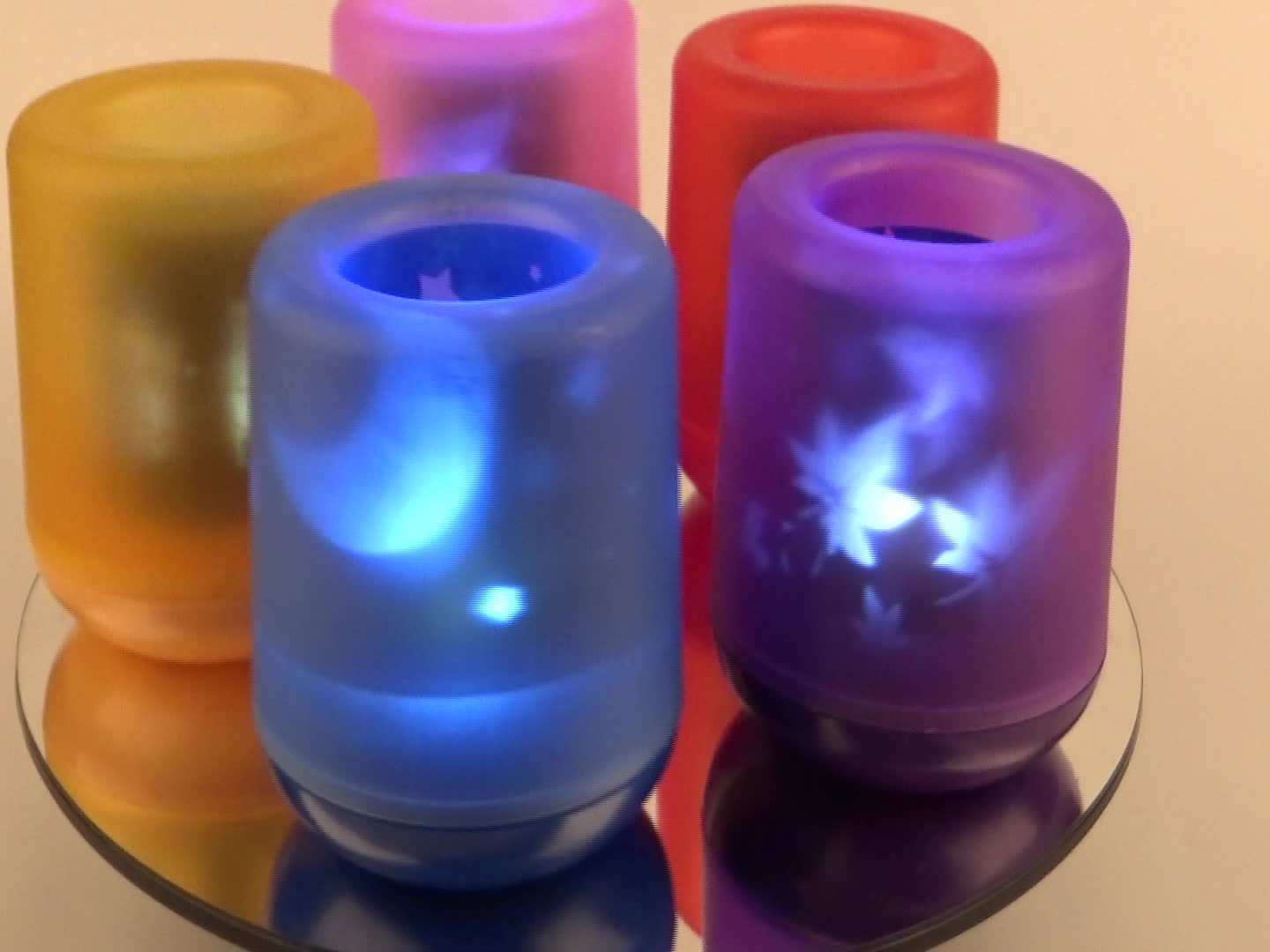 Hot Selling Safety Gifts for children can blow out Christmas designs Projection candle lamp