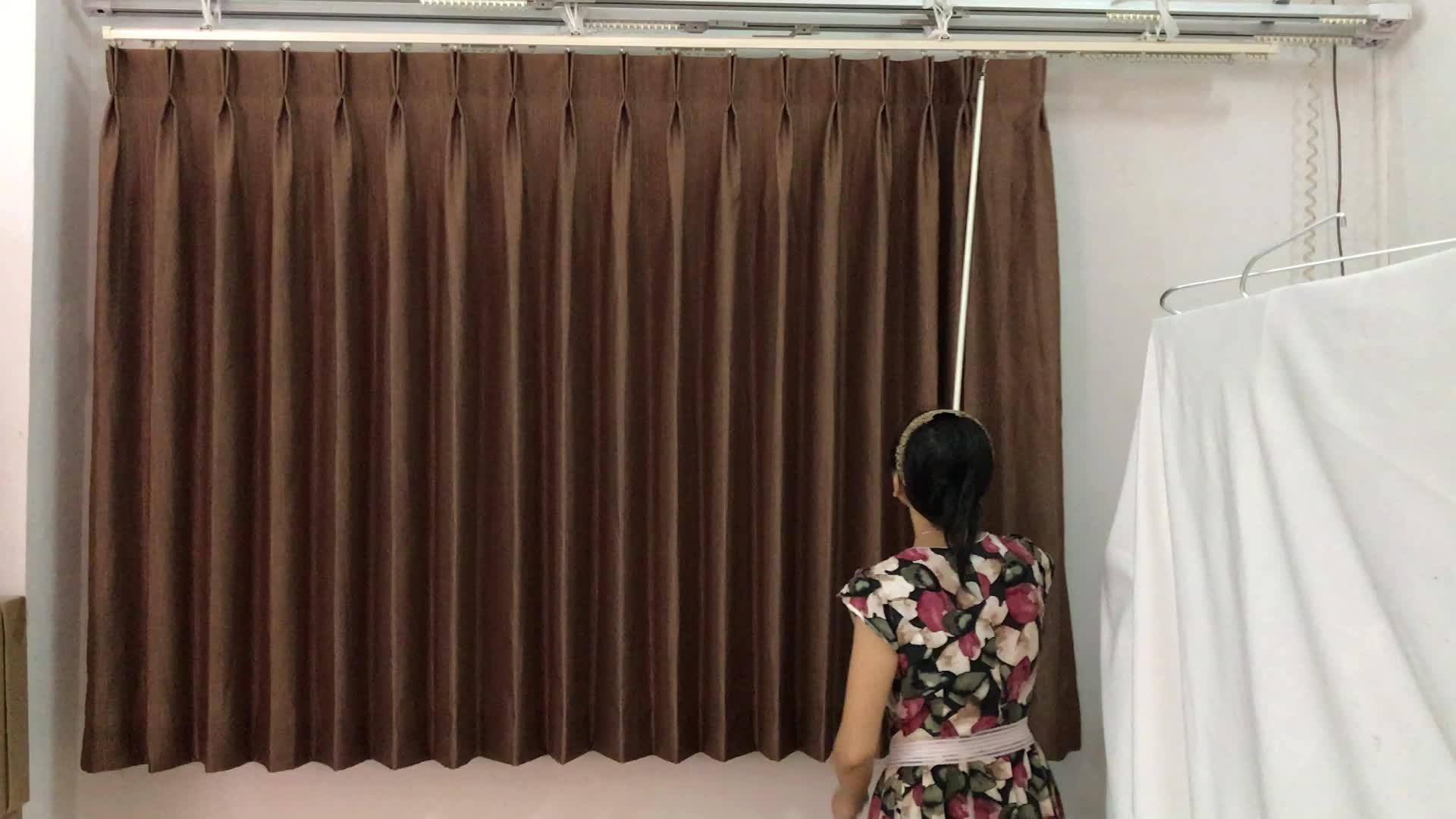 Dos colores conjunto tela apagón resistente al fuego hotel cortina
