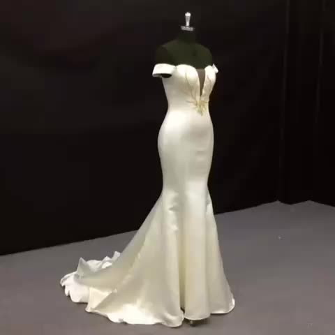 New Fashion Off Shoulder Silky Satin Emas Beaded Couture Gaun