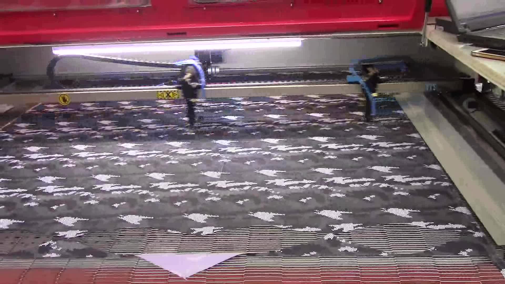 Yumuşak oyuncak yapma konfeksiyon oto besleme için lazer kesme makinesi 1610