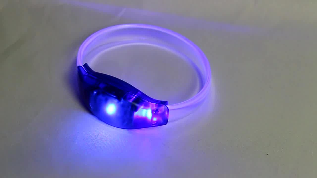 Hot Wholesale Flashing LED Glow Bracelet