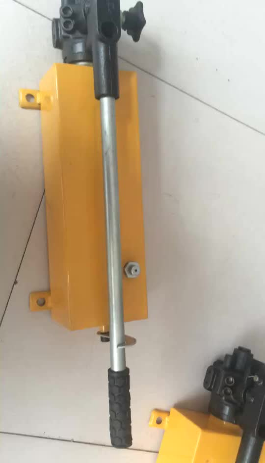 Taigao high quality and low price portable hydraulic manual pump