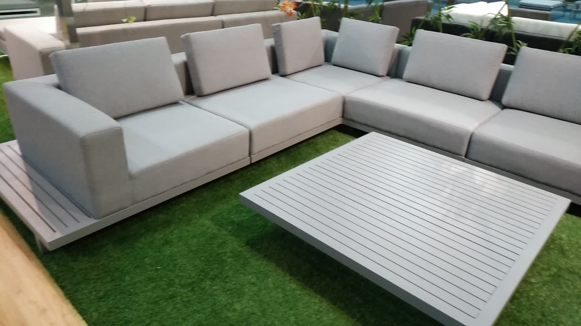 Modern patio aluminum sunbrella fabric sofa garden for Outdoor furniture fabric