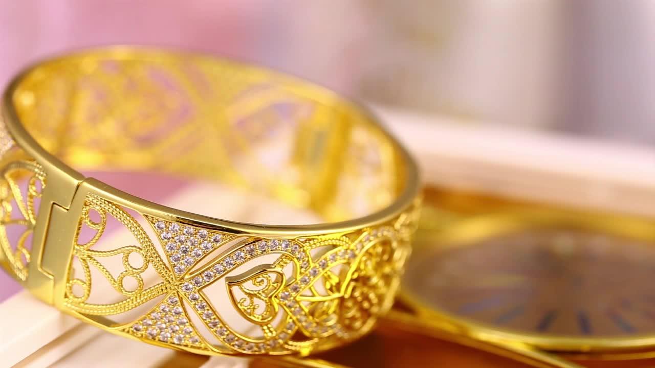 Thiết kế đồ trang sức cubic zirconia kim cương đá 24 K dubai mạ vàng vòng tay lắc tay, 24 k mạ vàng trang sức
