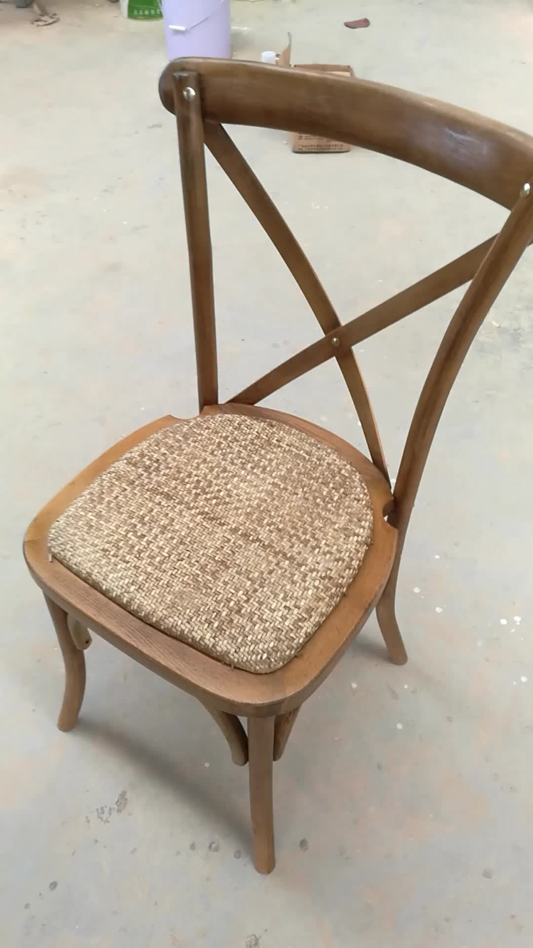 No Complain Cheap Hotel Dining Stackable Wood Cross Back Chair