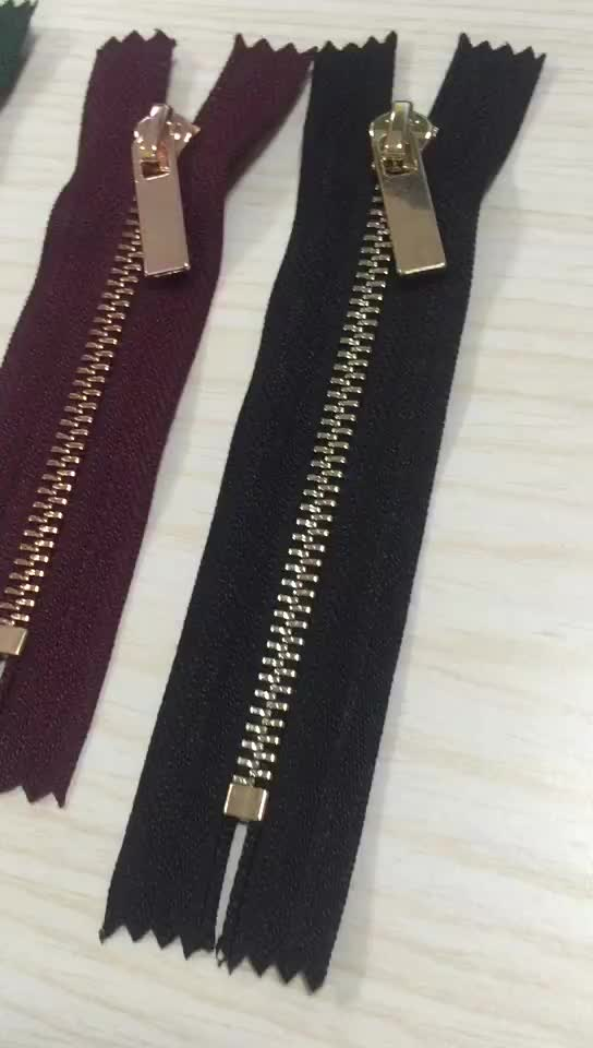 4# close-end Brass Y-teeth zippers jeans