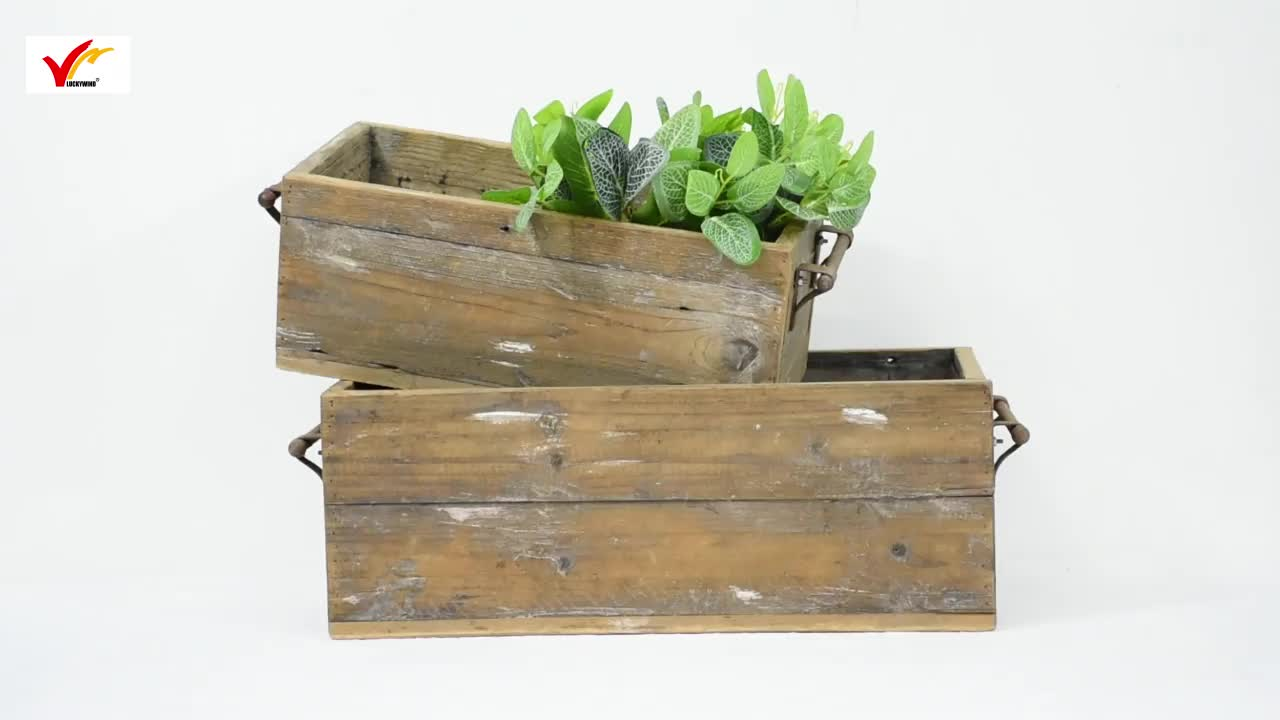 Rustic Reclaimed Wood Garden Pot Distressed Wooden Planter with handle