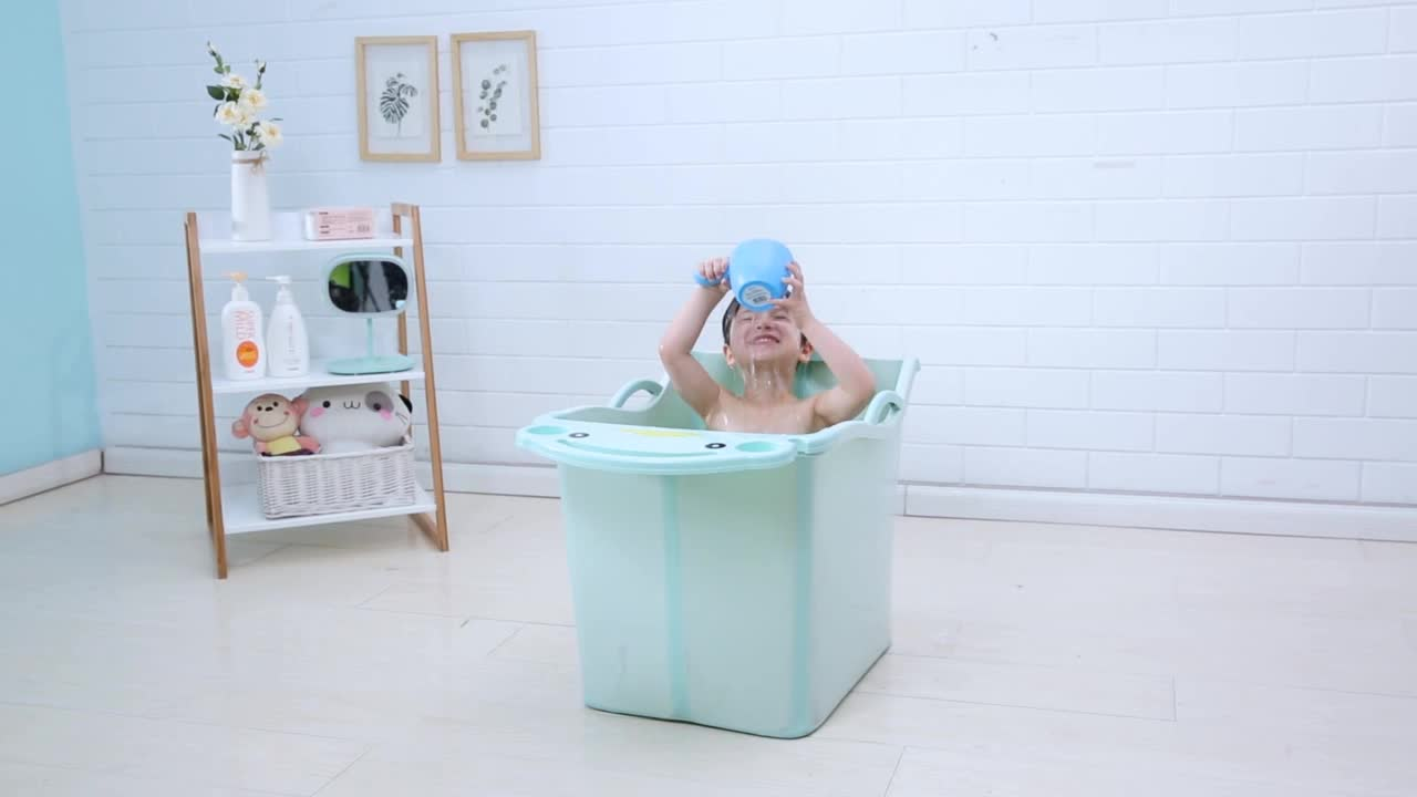 New Type Top Sale Baby Bath Bucket,Plastic Standing Baby Folding ...