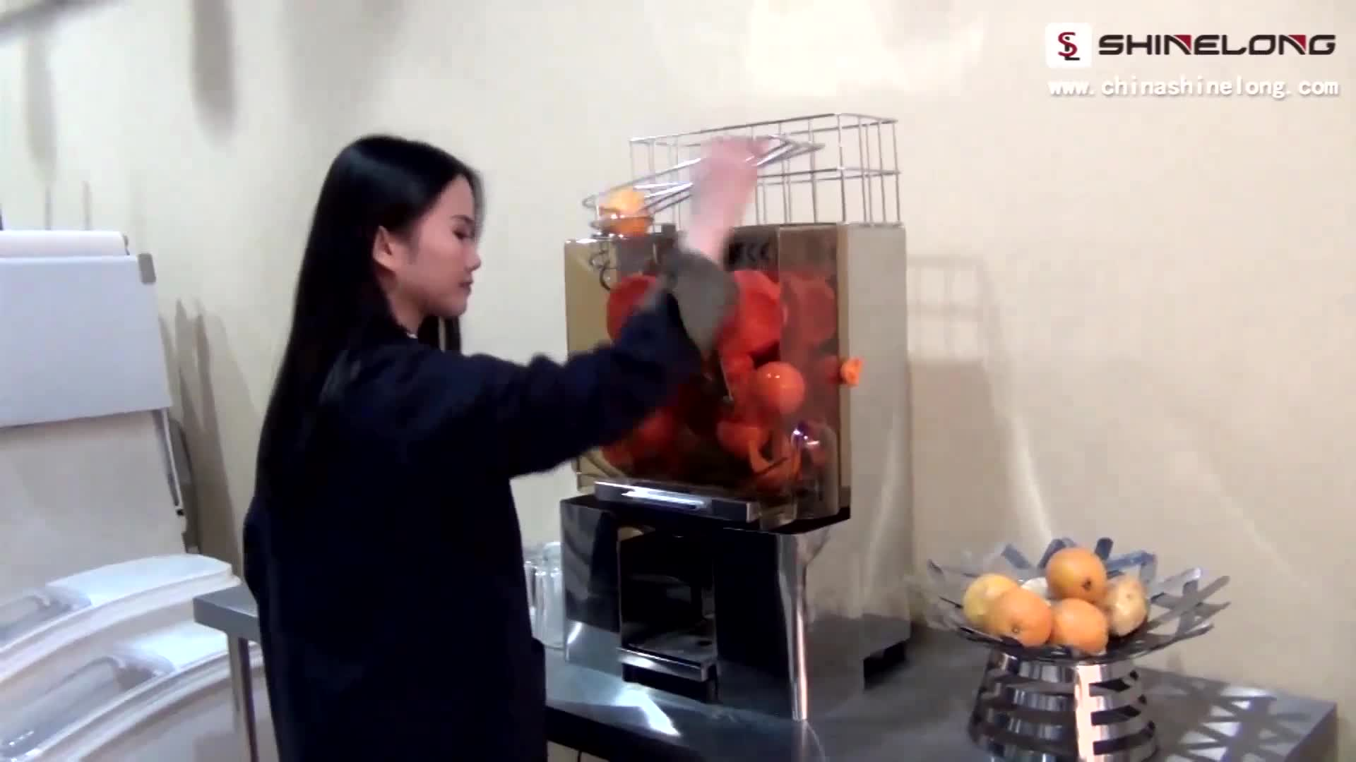 K616 Commercial Professional Industrial Counter Top Automatic Orange Juicer Machine