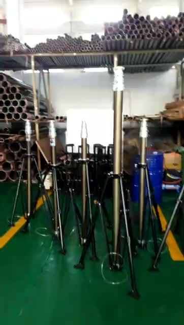 4m to 2.5m hydraulic telescopic mast for 400kg led screen on trailer