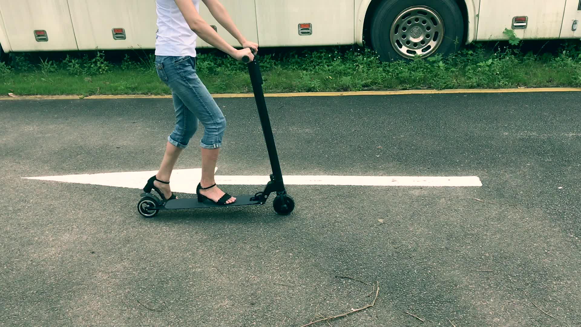 2 Wheel Electric Scooter 8 inch bluetooth 2 wheel self balancing scooter 250w Electric Hoverboard