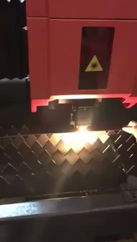 Fabricação do laser do CNC 400 w 500 w 1000 w 2000 w máquina de corte a laser de fibra de metal máquina de corte a laser de fibra