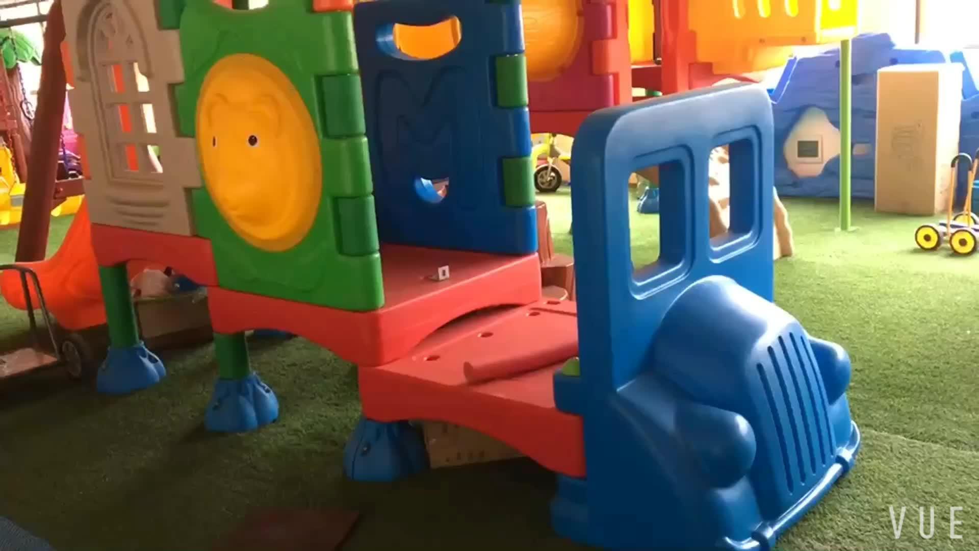 Kleine plastic glijbaan kids goedkope indoor kunststof glijbaan schommel set