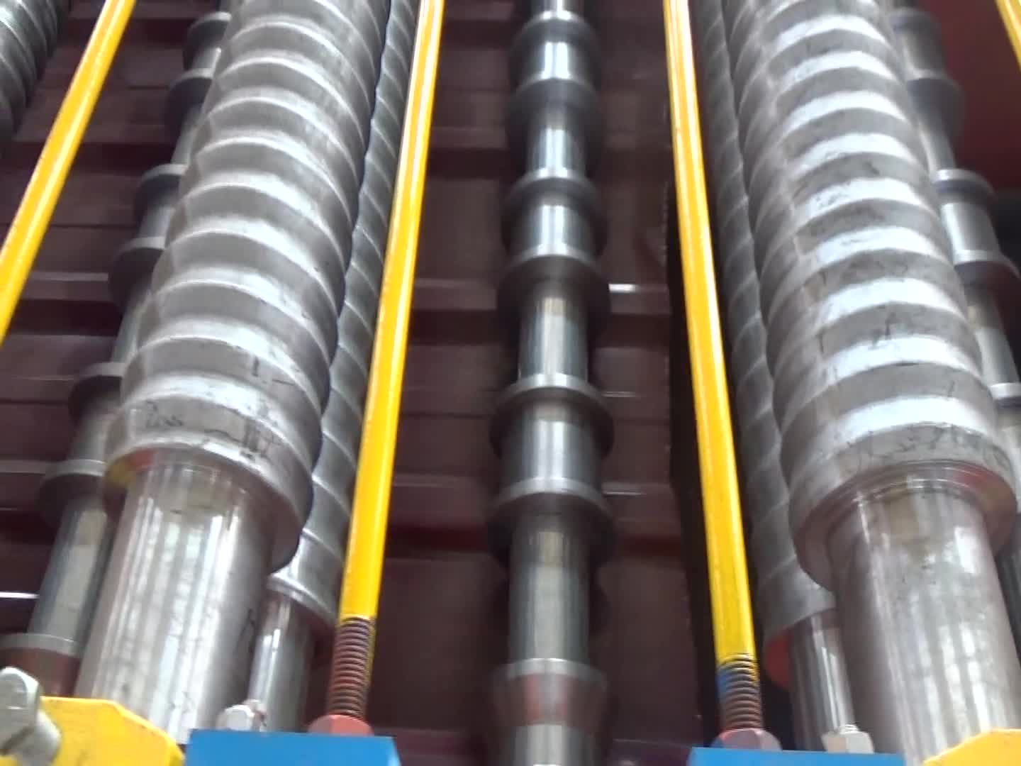 Best roofing sheet roll forming machine for sale