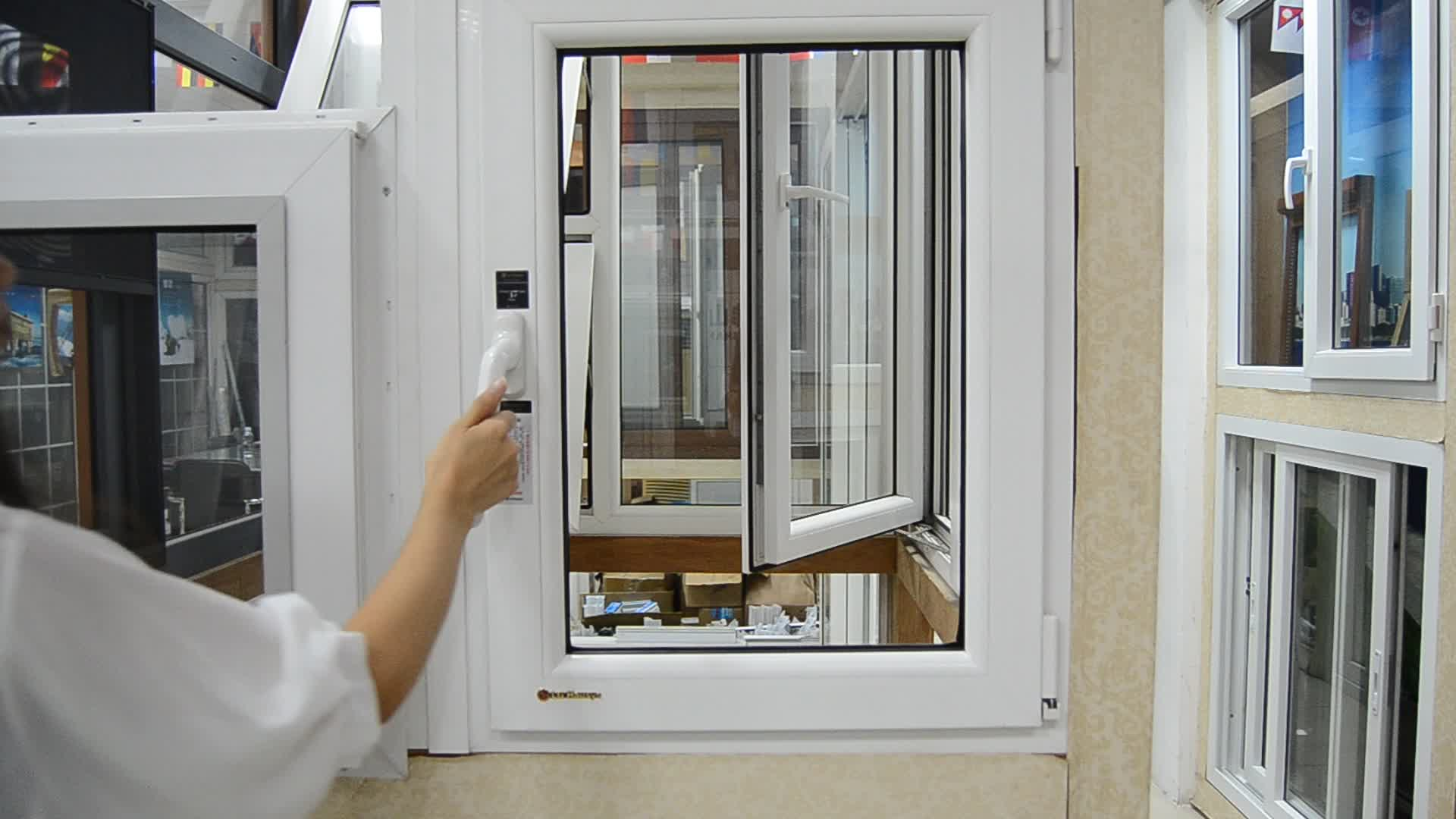 Hurricane resistant small vertical glass opening window for house casement windows