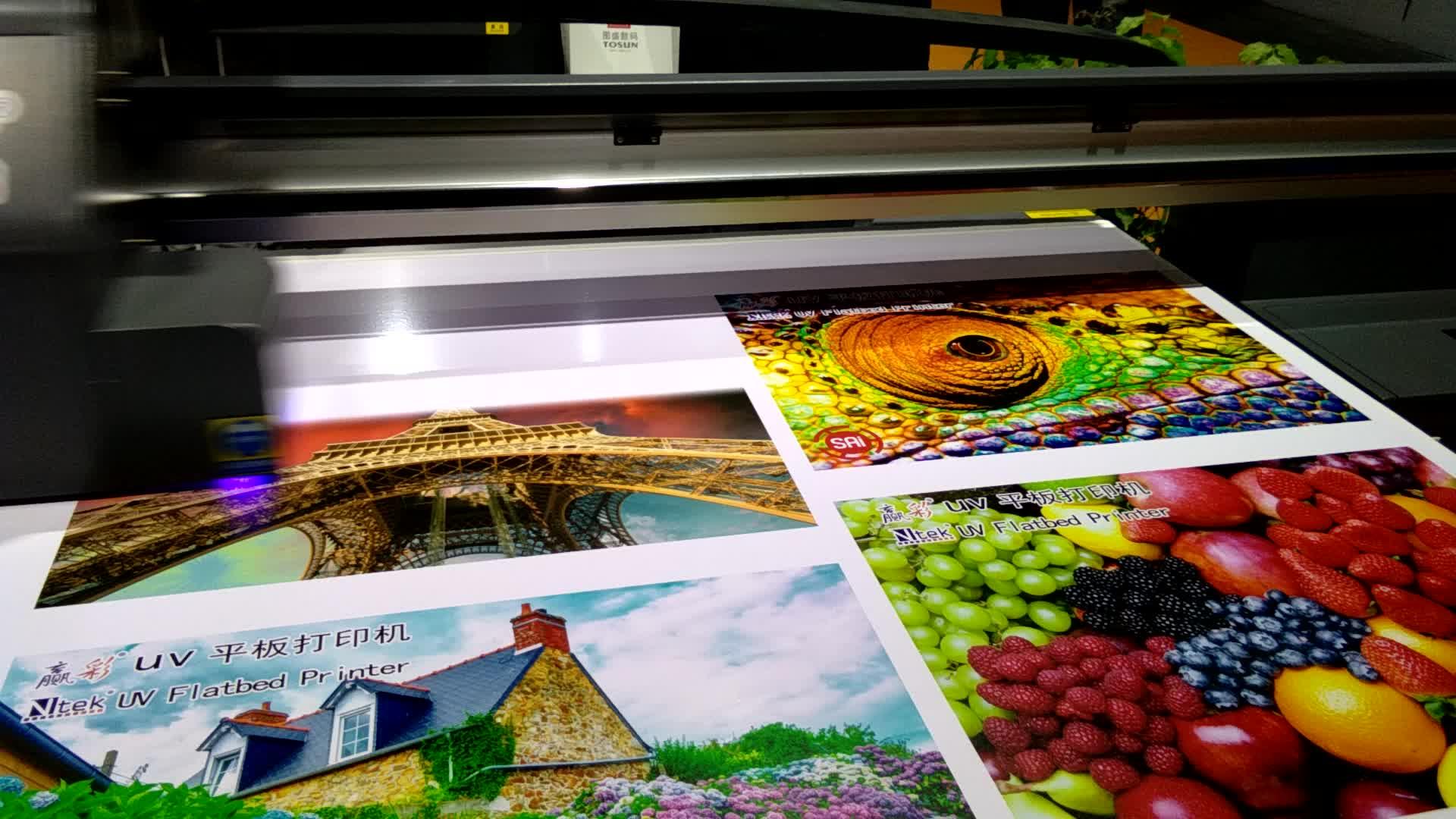 Impresora plana tipo de placa y ingenieros disponibles para servicio de las máquinas en el extranjero Servicio Postventa siempre impresora uv