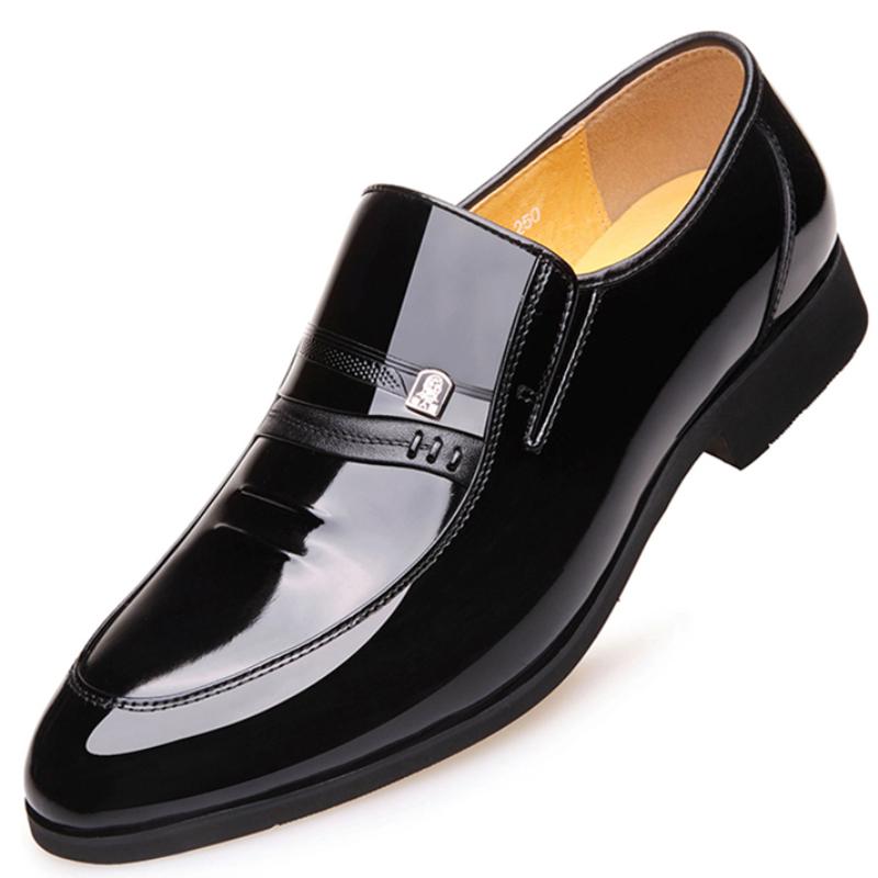 老人头内增高男鞋硬皮商务正装皮鞋男真皮一脚蹬休闲漆皮鞋子镂空