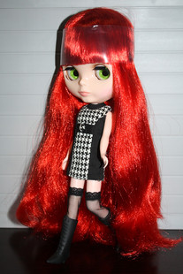 TAKARA Blythe small cloth doll B F Big Head Girl ferrite DIY baby red big wave volume change