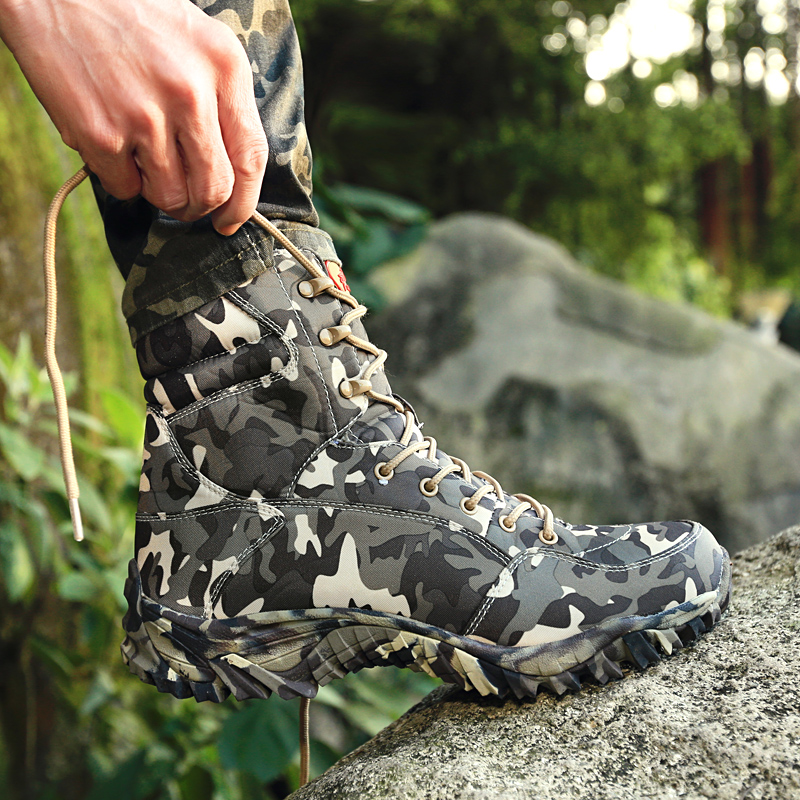 Outdoor high helper tooling boots tactical combat desert ultra light shock absorption Martin boots land Boots Mens and womens mountaineering shoes antiskid