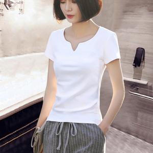 2021夏装新款白色短袖t恤女韩版小v领上衣女修身打底衫女内搭ins