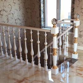 欧式阁楼走廊楼梯扶手栏杆花瓶立柱平台别墅室内阳台楼梯护栏定制图片